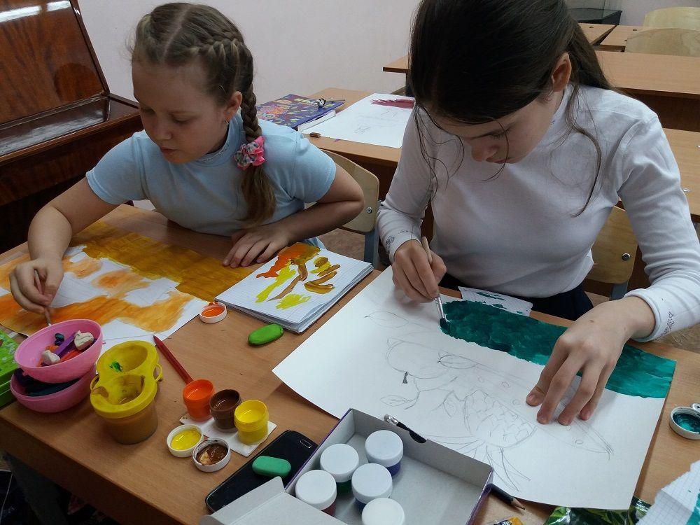 Учащиеся школы №154 готовят выставку своих творческих работ