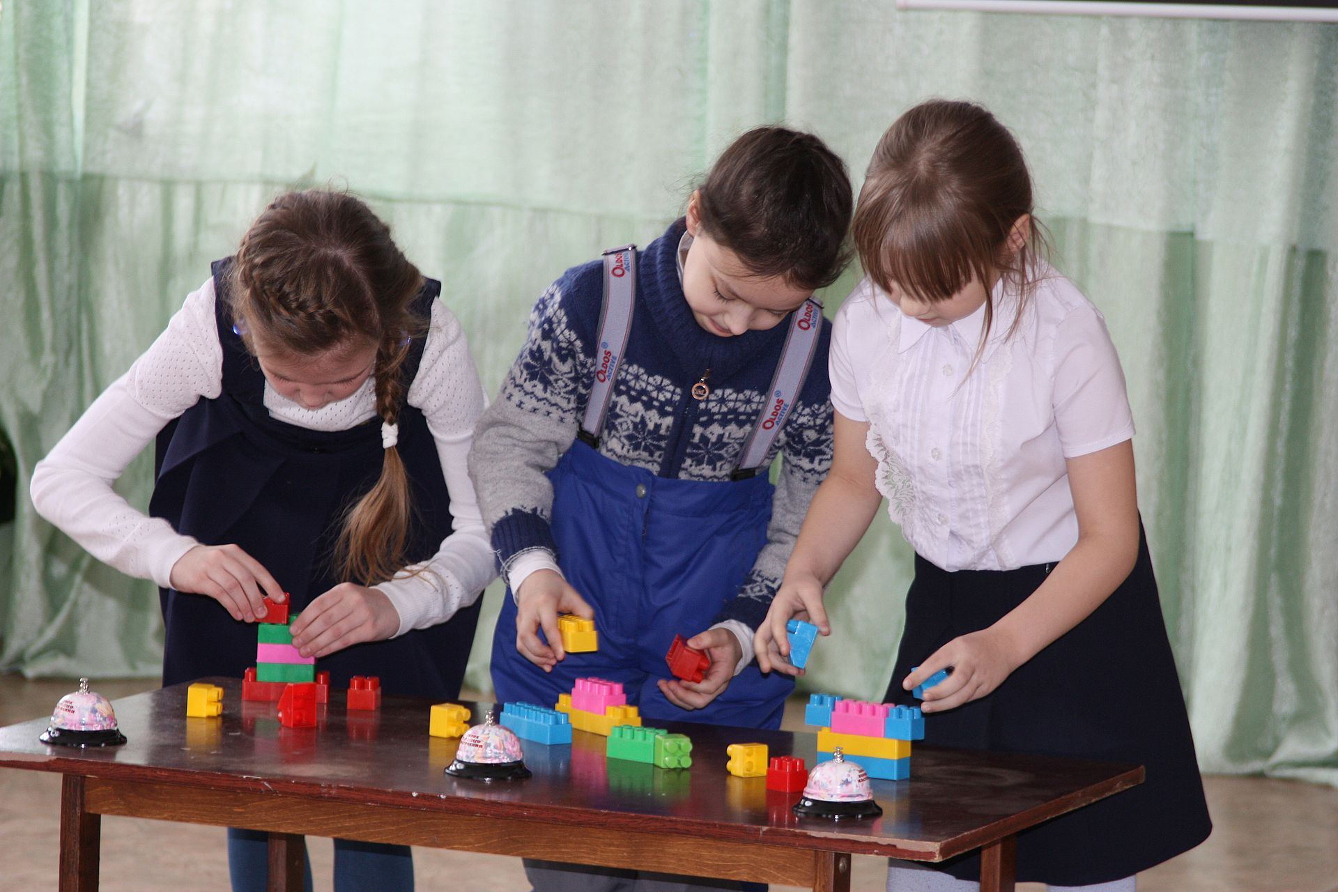 В Каслях прошла выставка детского технического творчества «Темп»