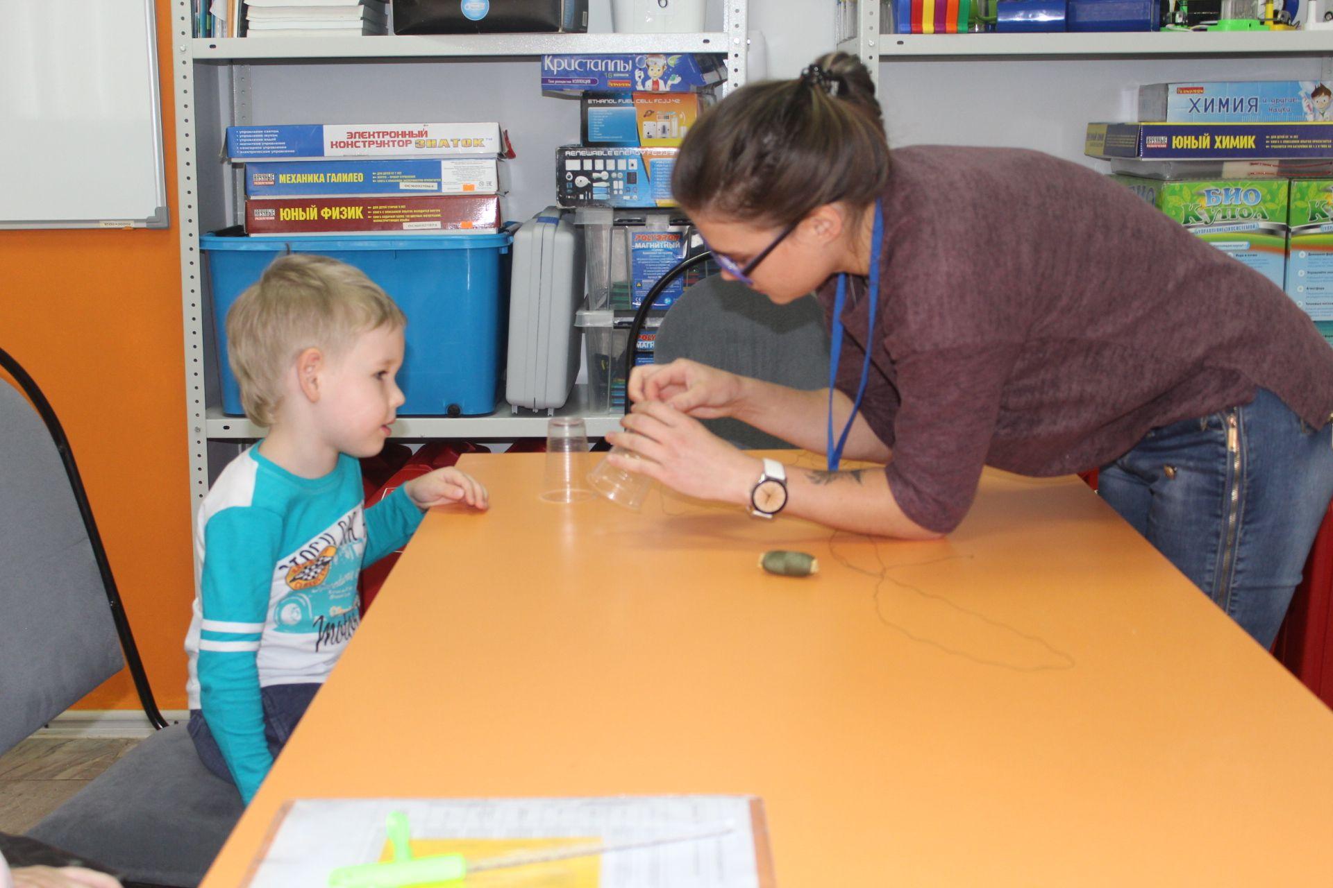 Один день в Доме юношеского технического творчества. День открытых дверей для дошколят