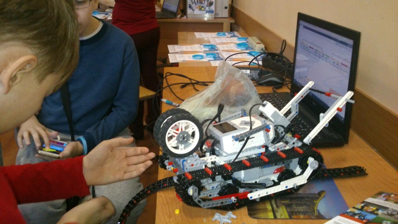 Экстремалы из Челябинска. В Выборге прошел Кубок РТК мини по робототехнике