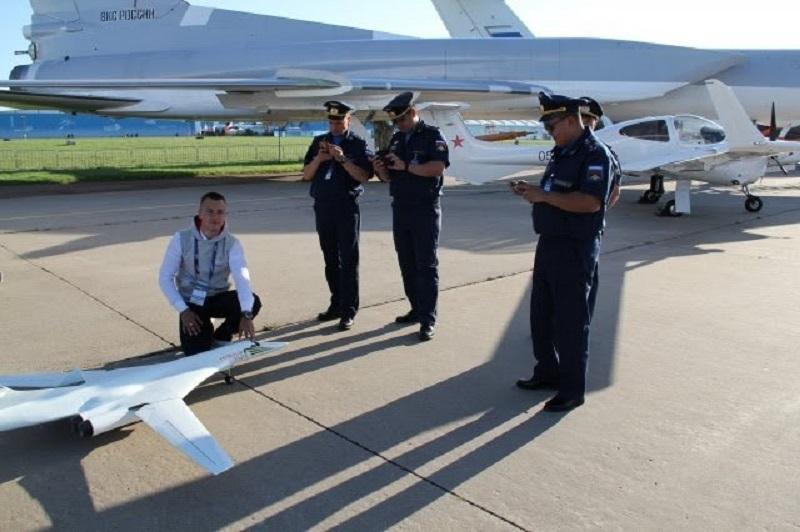 СМИ онас: чемчелябинский школьник поразил бывалых московских пилотов