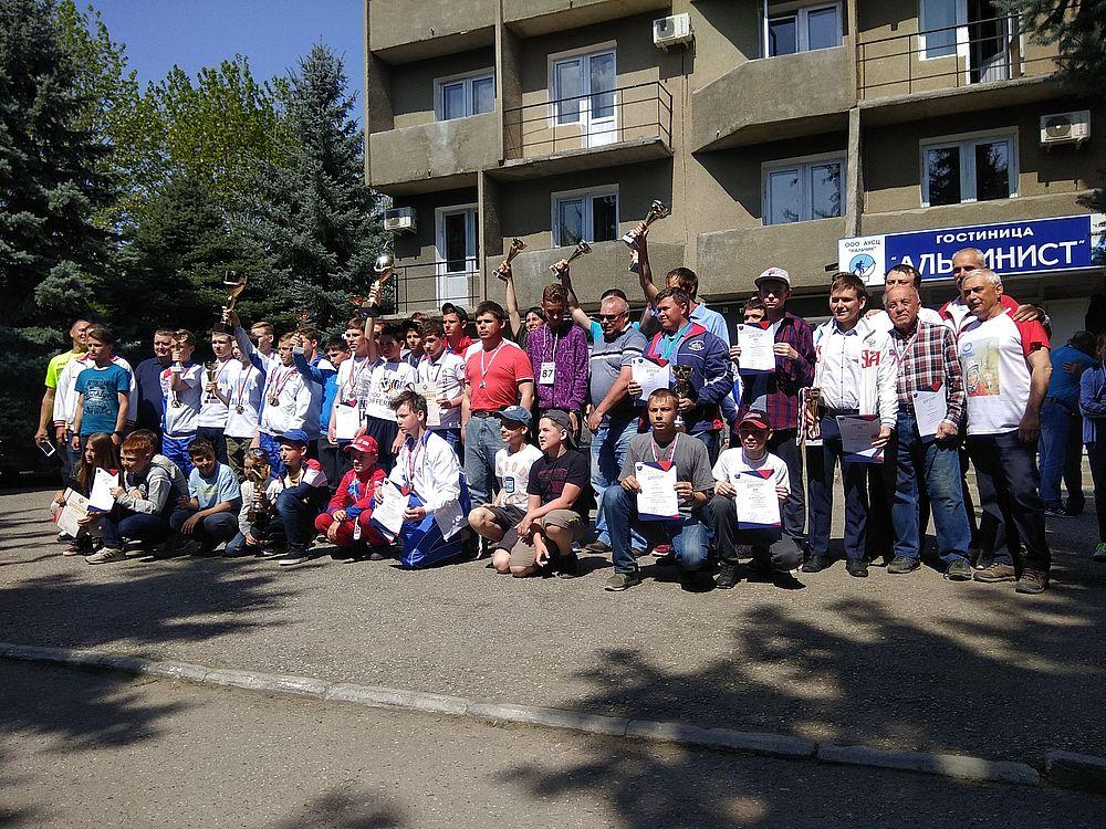 Победой открыла Челябинская сборная ракетомодельный сезон